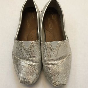 Toms glitter loafers size 10 light gold champagne